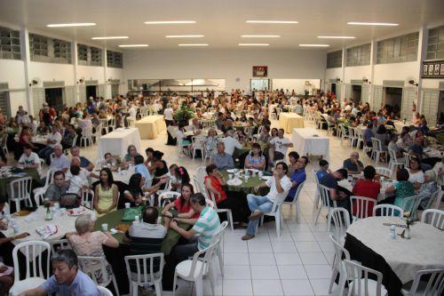 Jantar em prol do Haiti